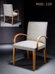 Sillas tapizadas con dise o actual mobiliario mueble for Sillas tapizadas clasicas