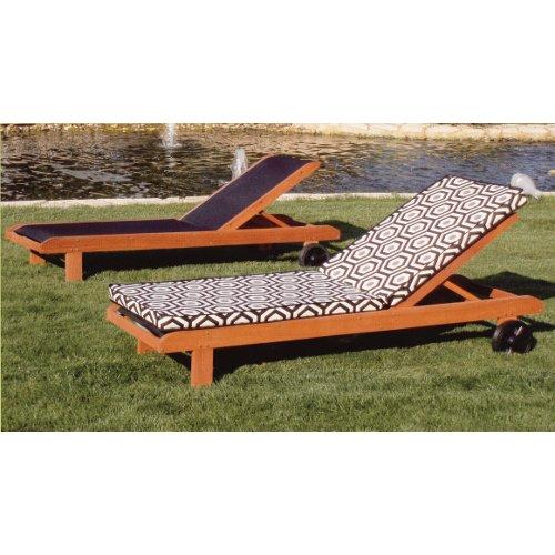 Tumbonas de madera de teka mobiliario terraza y jard n for Mobiliario madera jardin